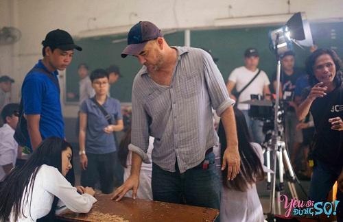 Stephane Gauger chỉ đạo diễn xuất cho Nhã Phương.