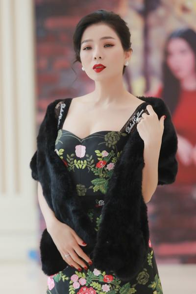 Ca sĩ Lệ Quyên sẽ thực hiện đêm nhạc Ru đời đi nhé tại Hà Nội vào ngày 18/1 để giới thiệu album mới.