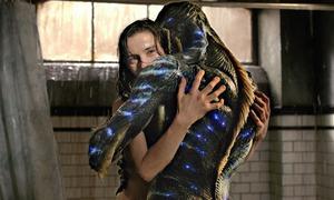 Phim 18+ về cô gái yêu thủy quái thắng lớn ở Critics' Choice Awards