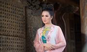 Hoa hậu Đinh Hiền Anh ngồi 'ghế nóng' cuộc thi nhan sắc tại Singapore