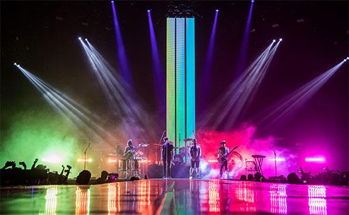 Album mới của Imagine Dragons đón nhận ý kiến khen chê trái chiều. Giới phê bình không phủ nhận độ phủ sóng các ca khúc của bốn chàng trai, tuy vậy, họ cho rằng Imagine Dragons chưa cho thấy sự tiến bộ về mặt âm nhạc so với các album cũ. Còn nhóm nhạc chia sẻ họ tự tin đi theo hướng riêng khi đưa nhiều sắc màu cuộc sống vào âm nhạc.