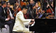 Nghệ sĩ nhí biểu diễn cùng Dàn nhạc Giao hưởng quốc gia