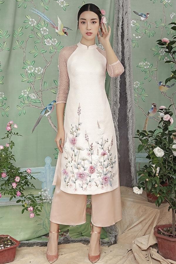 Hoa hậu Mỹ Linh gợi ý diện áo dài cách tân đầu xuân