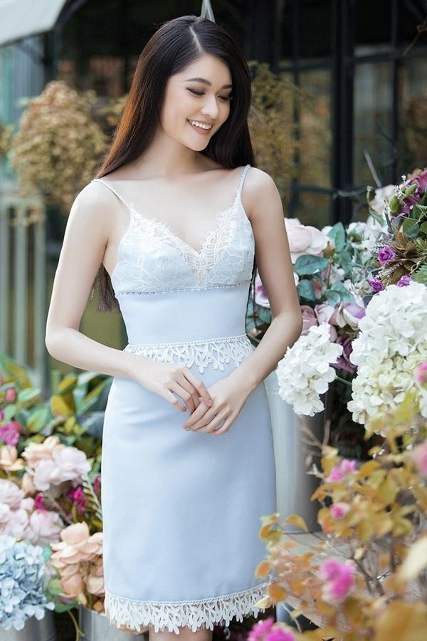 Á hậu Thùy Dung tạo dáng với loạt váy hai dây