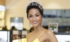 Hoa hậu H'Hen Niê diện váy xẻ ngực dự sự kiện