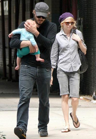 Ngày 22/1 của 10 năm về trước, Heath Ledger qua đời vì uống thuốc quá liều. Con gái Matilda của anh và diễn viên Michelle Williams khi đó mới được hai tuổi.