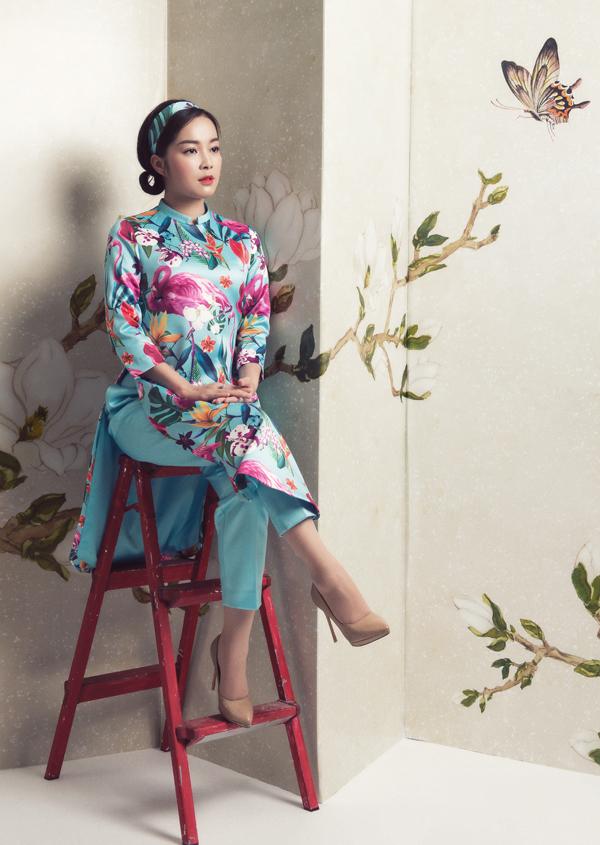 Vân Hugo, Diệu Hương, Minh Hương hóa quý cô với áo dài cách tân