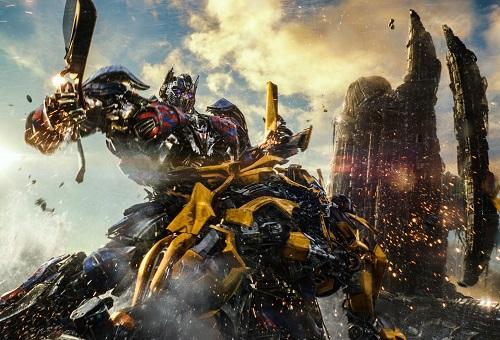 Transformers: The Last Knight không được lòng giới phê bình.