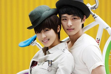 Jeon Tae Soo bên Ha Ji Won.