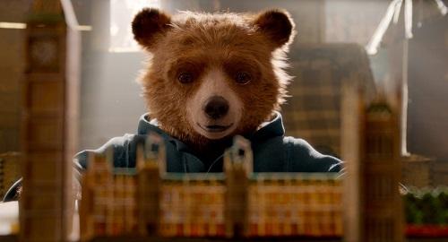 Chú gấu là nhân vật nhân hậu, ngây thơ.