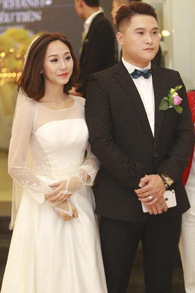 Ca sĩ Vũ Duy Khánh và DJ Tiên Moon kết hôn được hai năm thì rạn nứt.