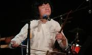 Ngô Hồng Quang hát quan họ kết hợp ngũ tấu đàn dây