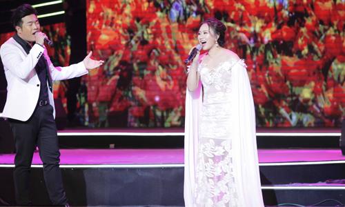 Dàn quán quân Giọng hát Việt nhí hòa giọng trên sân khấu thủ đô - 1