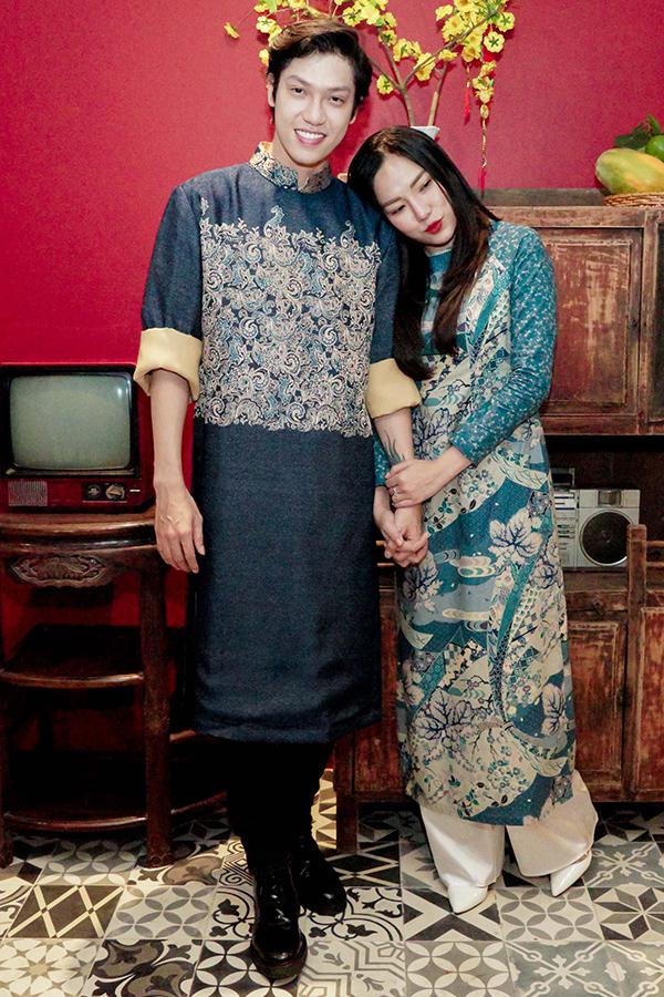 Khánh Thi đi sự kiện cùng chồng khi mang bầu