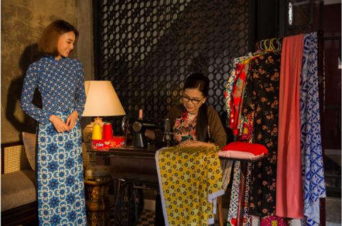 Tiểu thư Như Ý chia sẻ sẽ chọn áo dài - trang phục truyền thống của Việt Nam với họa tiết kết hợp giữa truyền thống và hiện đạiđể dạo chơi trong những ngày Tết sắp tới.