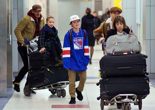 Bốn bố con David Beckham tới New York từ ngày 10/2.