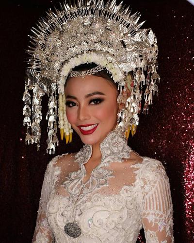 Ngày 10/2, Whulandary Herman tổ chức đám cưới ở huyện đảo Jawa Tengah của Malaysia.