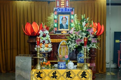 Tang lễ của diễn viên Nguyễn Hậu được tổ chức tại khu chung cư nơi anh đang ở.