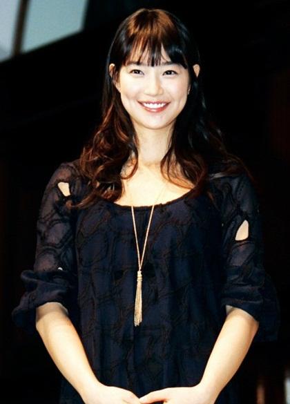 Nhan sắc Shin Min Ah qua thời gian - 11