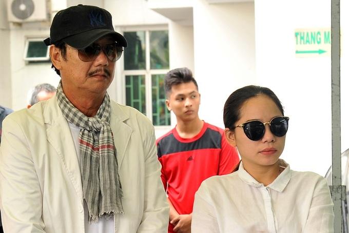 Gia đình, đồng nghiệp tiễn biệt nghệ sĩ Nguyễn Hậu