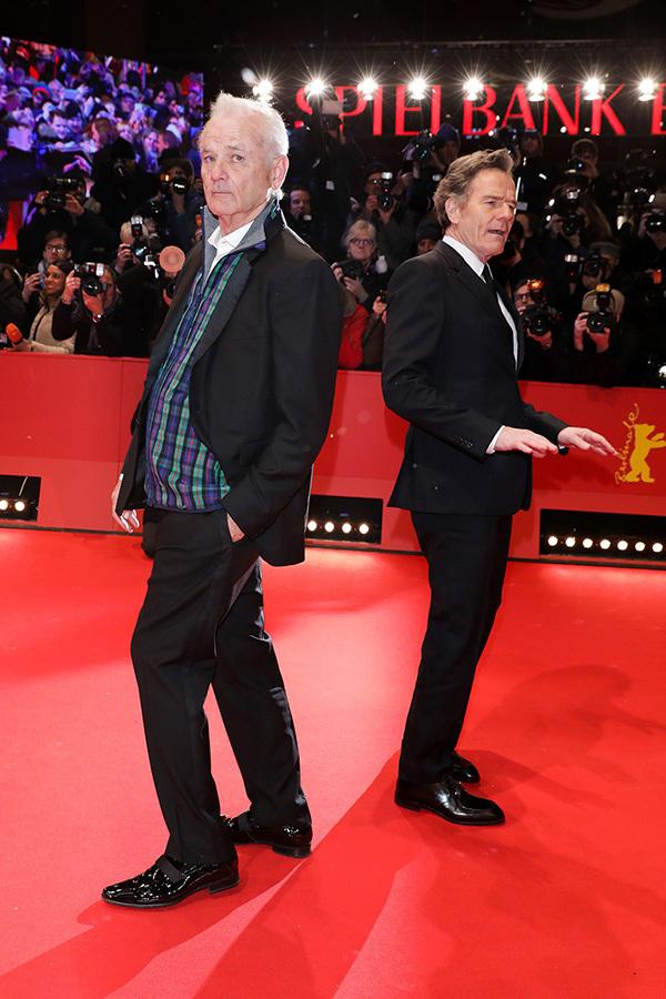 Tình cũ của Leo DiCaprio diện mốt không nội y trên thảm đỏ Berlin