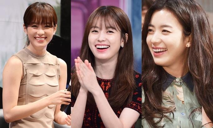 """<p>  Trên các diễn đàn lớn tại Hàn như <em>Naver</em>, <em>Daum</em>, <em>Nate</em> hay <em>Pann</em>, diễn viên thường xuyên nhận được lời khen. Độc giả Lee Seo Ji nhận xét: """"Nụ cười của cô ấy thật tươi tắn, chỉ cần nhìn cô ấy cười, mọi mệt mỏi dường như tan biến"""". """"Nhan sắc của Hyo Joo không 'nghiêng nước nghiêng thành' như Kim Tae Hee hay Song Hye Kyo, nhưng nụ cười của cô ấy lại rực rỡ và cuốn hút"""", Kang Sun Hyung nói.</p>"""