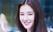 Nhan sắc 'bông hồng lai' sinh năm 2000 đang khuynh đảo Hàn Quốc