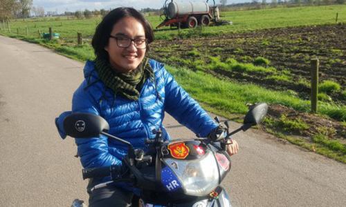 'Sách 1987+': Phượt thủ Đăng Khoa đam mê đi khắp thế giới bằng xe máy