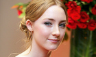 Gu mặc của Saoirse Ronan - mỹ nhân thế hệ mới của Hollywood