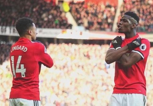 Tính xã hội của Black Panther vượtkhỏi quy mô của điện ảnh. Cuối tuần qua, trong trận đấu giữa Manchester United và Chelsea, hai cầu thủ Jesse Lingard và Paul Pogba ăn mừng theo động tác của các nhân vật xứ Wakanda sau khi Lingard ghi bàn thắng quyết định.