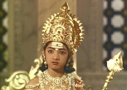 Sridevi trong vai diễn đầu tiên.