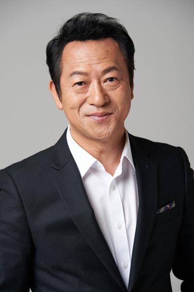 Nghệ sĩ gạo cội xứ Hàn - Choi Il Hwa.