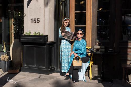 Các thiết kế còn được phái đẹp Việt sống tại nước ngoài lựa chọn làm trang phục du xuân.