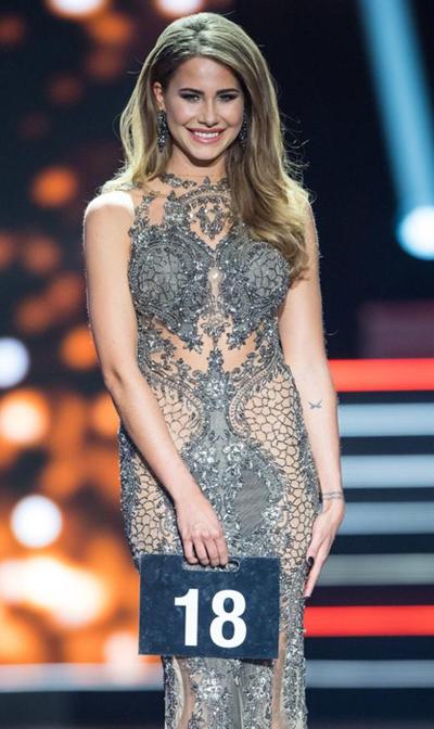 Người đẹp với phần trình diễn trong cuộc thi.