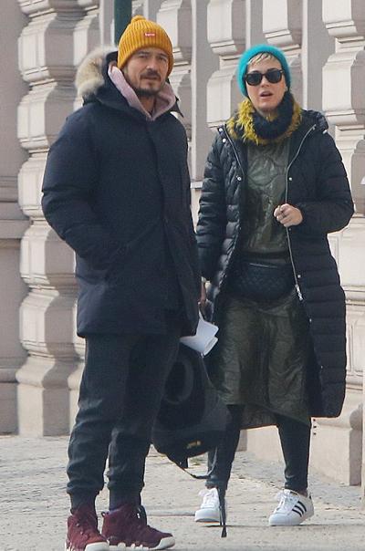 Katy Perry và Orlando Bloom thăm thú Prague. Ảnh: Wenn.