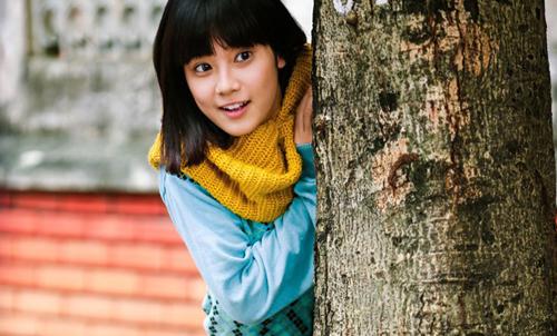 Hoàng Yến Chibi bộc lộ nét diễn xuất cùng giọng hát trong trẻo, giàu cảm xúc trong phim.