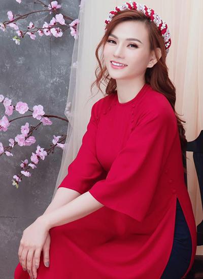 Ca sĩ Thu Thủy.