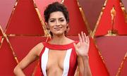 Những bộ đầm khoét ngực táo bạo ở Oscar 2018