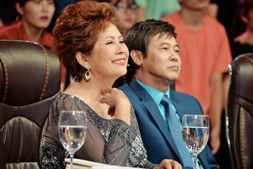 Phương Dung và danh ca Thái Châu (phải) là cặp bài trùng trên ghế giám khảo.