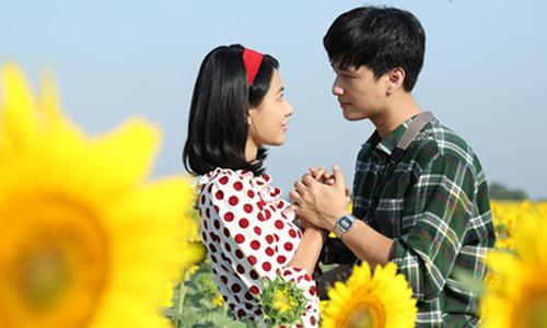 Cặp nghệ sĩ có nhiều cảnh diễn lãng mạn trong phim.