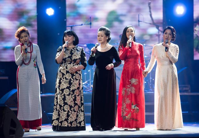 Khánh Ly: 'Trịnh Công Sơn không lầm khi chọn Hồng Nhung'