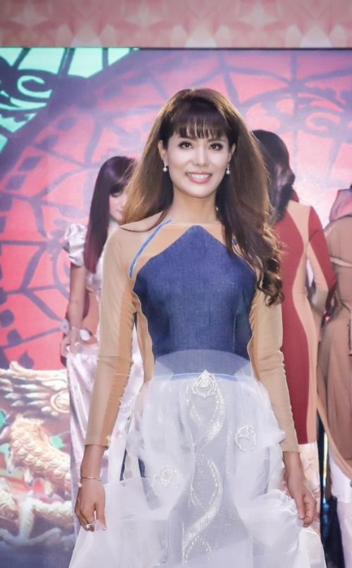 Á hậu Băng Châu để lại ấn tượng tại sự kiện ra mắt Phụ nữ quyền năng - 8