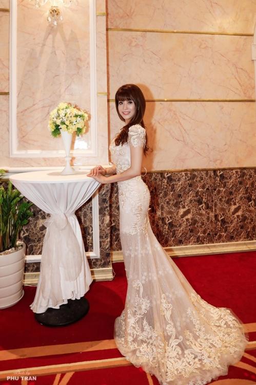 Á hậu Băng Châu để lại ấn tượng tại sự kiện ra mắt Phụ nữ quyền năng - 6