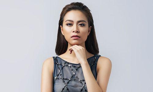 Nữ ca sĩ Hoàng Thùy Linh.