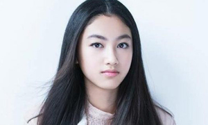 Nhan sắc tuổi 14 của con gái 'Ông trùm phim xã hội đen Hong Kong'