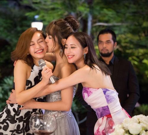 Ba cô nàng lắm chiêu do Trương Quân Ninh, Tiết Khải Kỳ và Trần Y Hàm thủ vai đã có chuyến du lịch độc thân đáng nhớ đến Việt Nam.