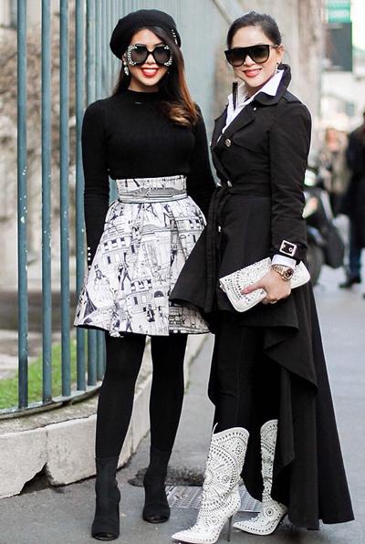 Thủy Tiênlà người rất quan tâm đến thời trang. Trong khoảng 5 năm trở lại đây, cô từng bước hoàn thiện phong cách. Cựu diễn viên 48 tuổi thường xuyên sang nước ngoài cùng con gái Thảo Tiên (trái), thưởng thức các tuần lễ thời trang lớn để học hỏi trong công việc cũng như gu mặc cá nhân.