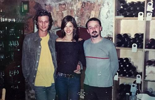Alessandra Ambrosio có bốn năm hẹn hò Marcelo Boldrini (từ 2001 tới 2005). Marcelo Boldrini (trái) là người mẫu nổi tiếng Brazil.