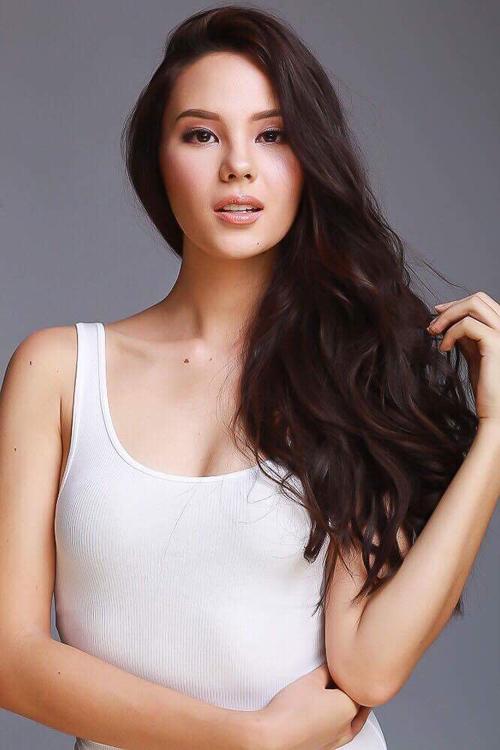 Catriona Gray - nhan sắc chinh phục hai cuộc thi danh tiếng của Philippines