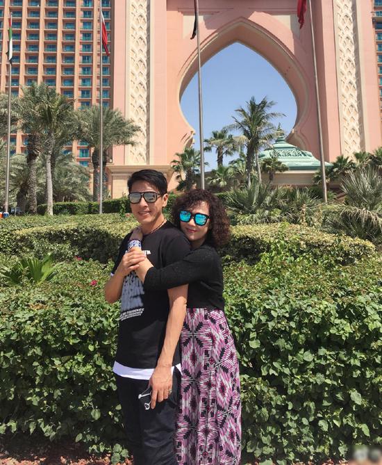 Tuổi ngoài 50 không con cái của 'Lệnh Hồ Xung' Lữ Tụng Hiền